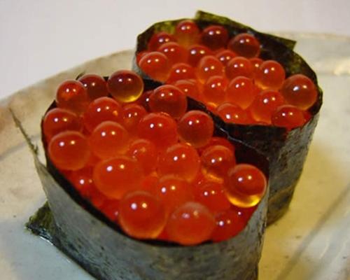 Salmon egg-sushi